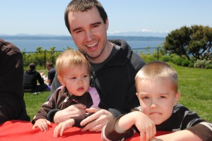 Ben and the kids enjoy a beautiful May picnic overlooking Puget Sound.